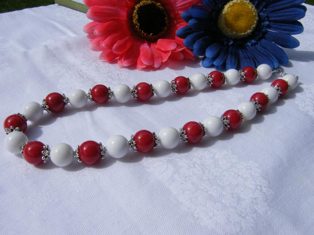 """Red & White Mountain Jade Necklace, 17"""" Length"""